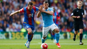 james-mcarthur-crystal-palace-sergio-aguero-manchester-city_3349948