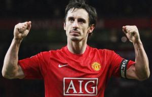 Neville: 6 tháng tới là cực kì quan trọng cho MU