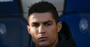 """Allegri khẳng định Ronaldo """"thanh thản"""" mặc cho yêu cầu xét nghiệm mẫu DNA"""