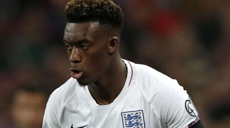 Callum Hudson-Odoi lần đầu tiên có mặt trong đội hình đội tuyển Anh trong trận gặp Montenegro