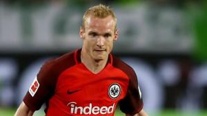Rode trở lại Eintracht Frankfurt từ Borussia Dortmund với bản hợp đồng trị giá 4 triệu euro